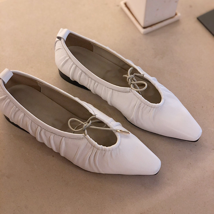Point-Toe Ribbon Flats